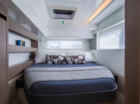 Moorings 4200 Guest Cabin